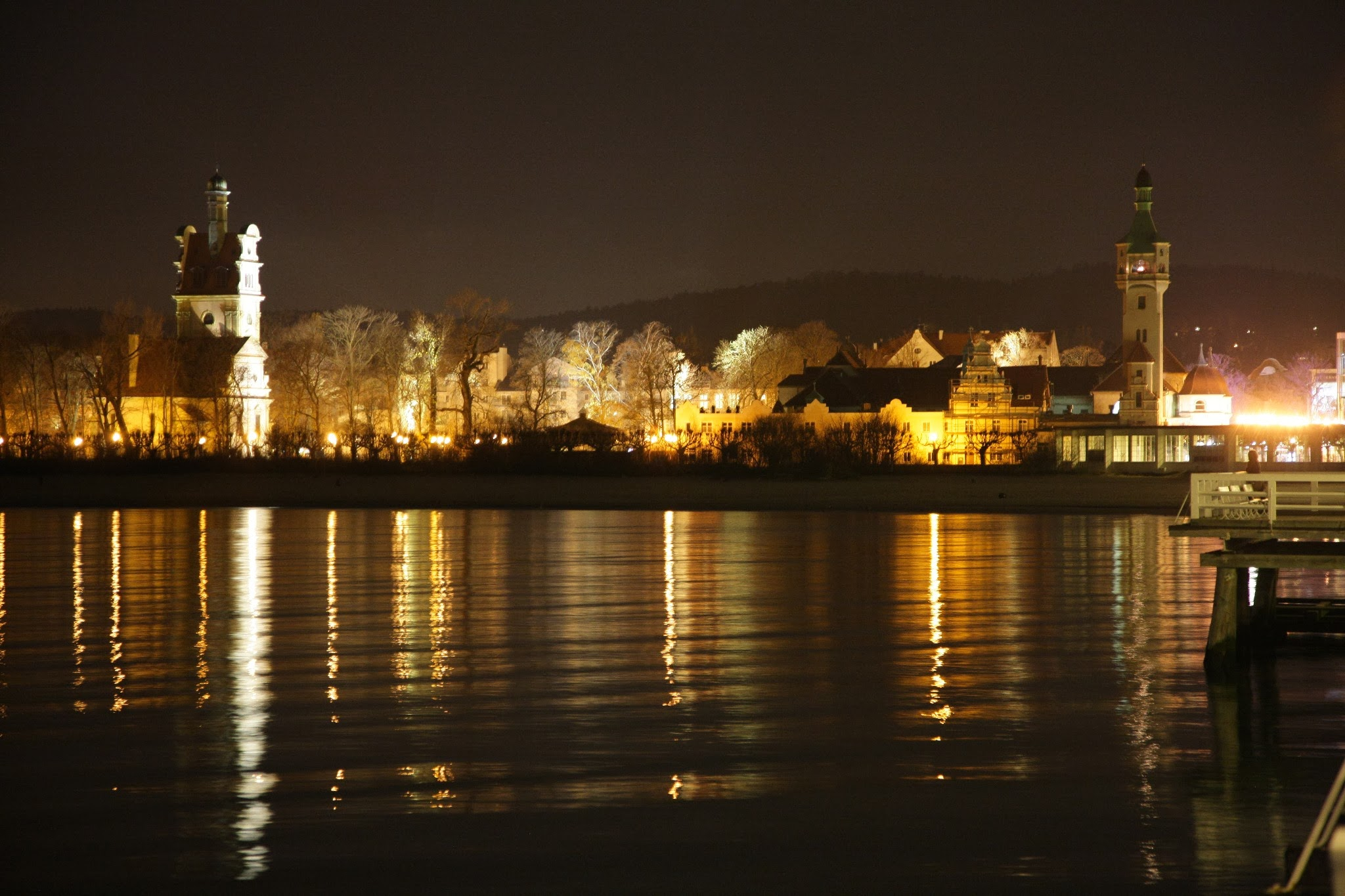 Nocne zdjęcia z mola Sopotu